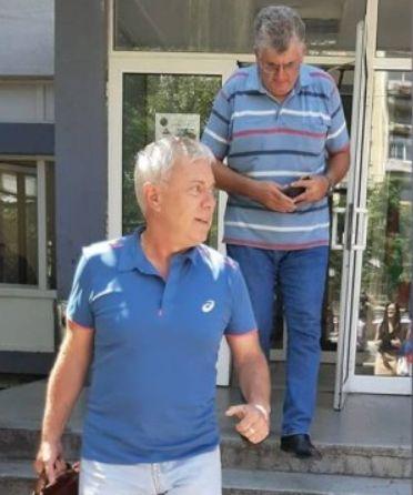 На излизане от Първо РПУ Божков отказа коментар