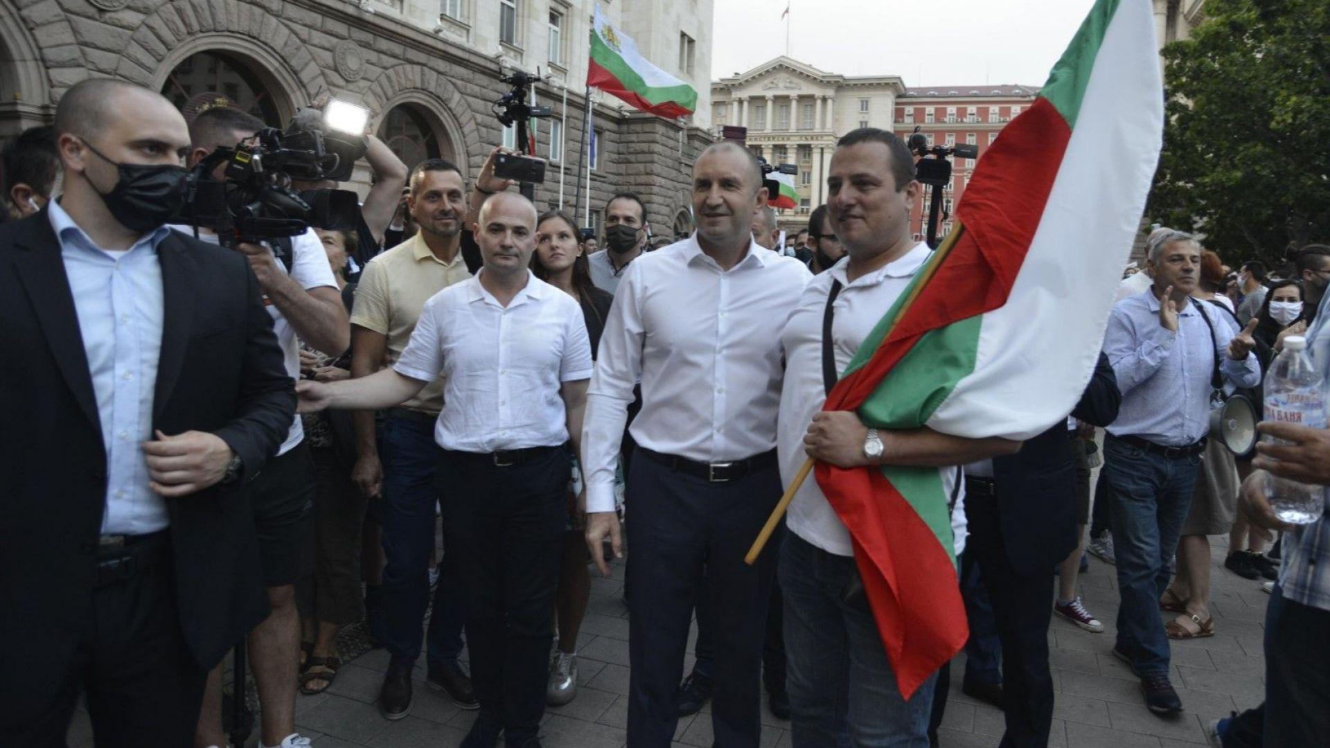Ден 15-ти: Протестиращите и президентът поискаха отново оставката на кабинета и Гешев