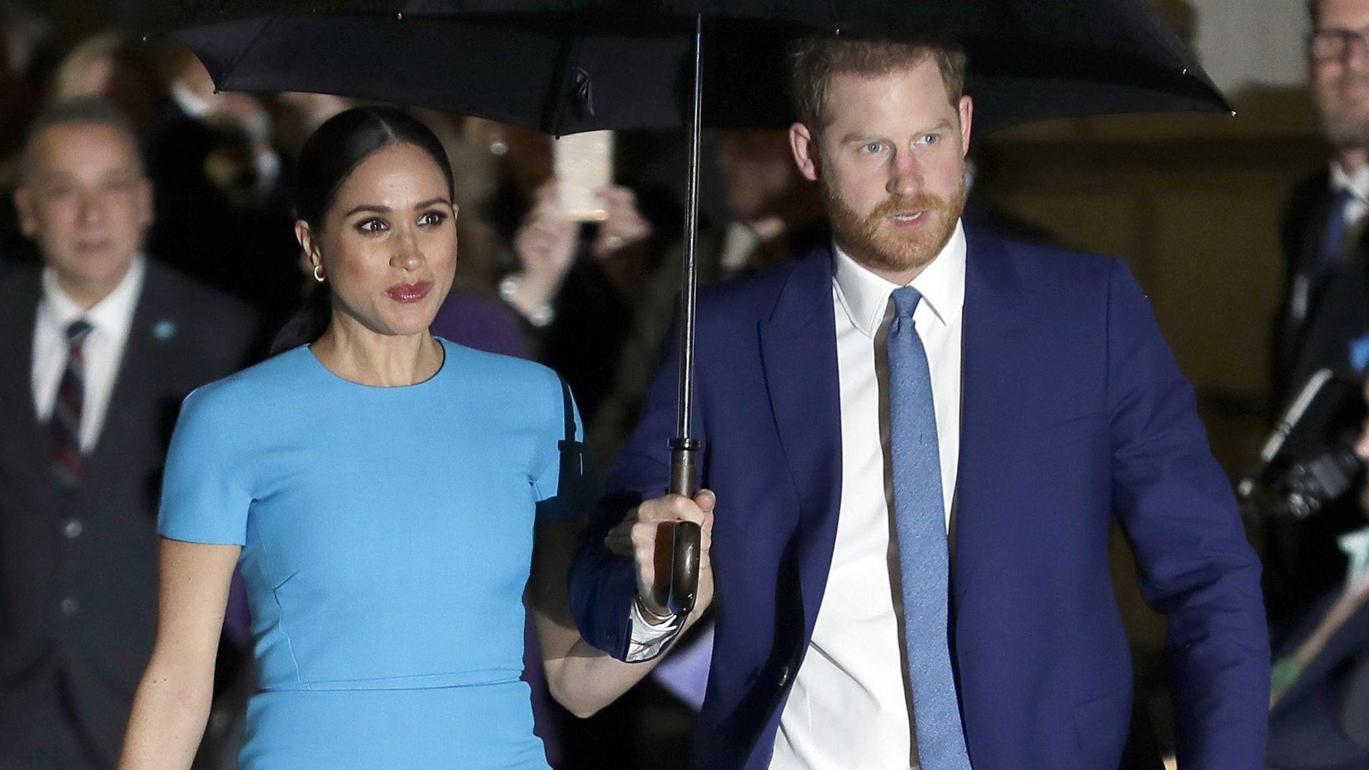 Принц Хари и Меган Маркъл съдят папараци, снимали сина им с дронове