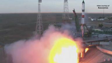 """Руският кораб """"Прогрес МС-15"""" успешно се скачи с МКС и постави рекорд(видео)"""