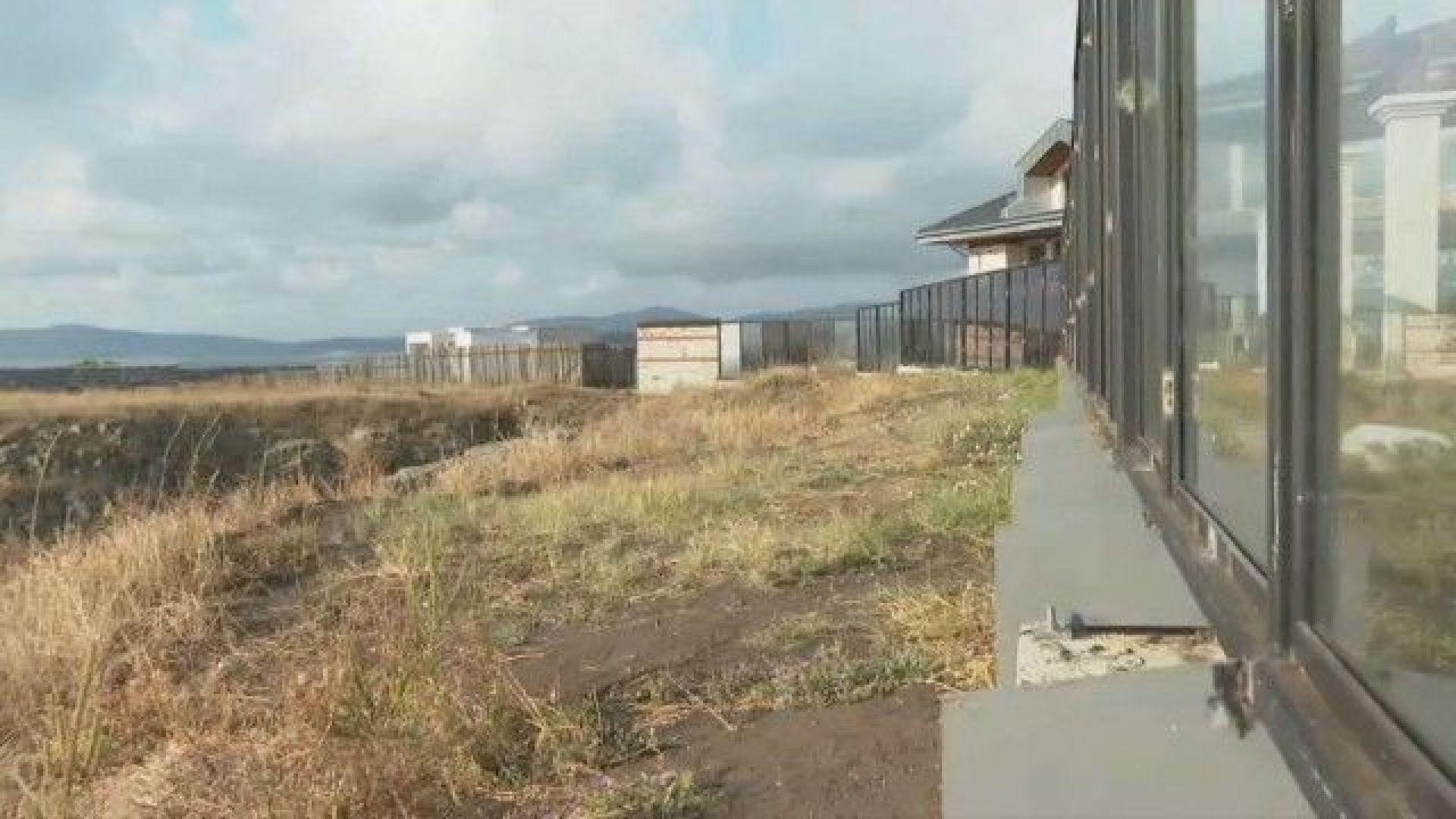 Кметът на Созопол: Премахваме огради и постройки, които пречат на достъпа до морето в Буджака