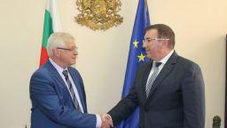 Здравният министър: Борисов ми предложи поста, виждал съм Пеевски само по телевизията