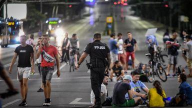 Полицията втвърдява тона с блокадчиците