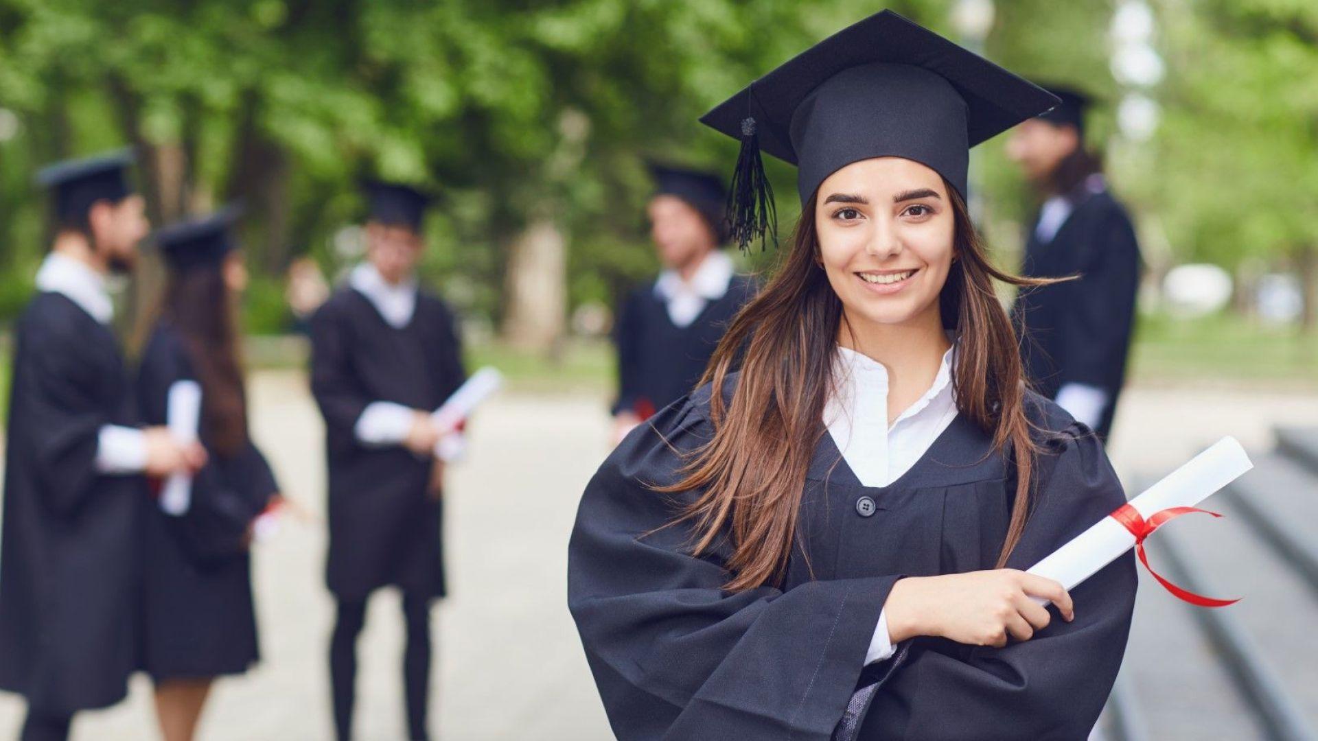 САЩ може да спира новоприетите студенти с онлайн обучение