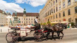 """""""Културен файтон"""" предлага тематични разходки из Виена през лятото"""