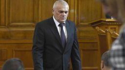 Бившият вътрешен министър Радев коментира скандала с автомобилите на МВР