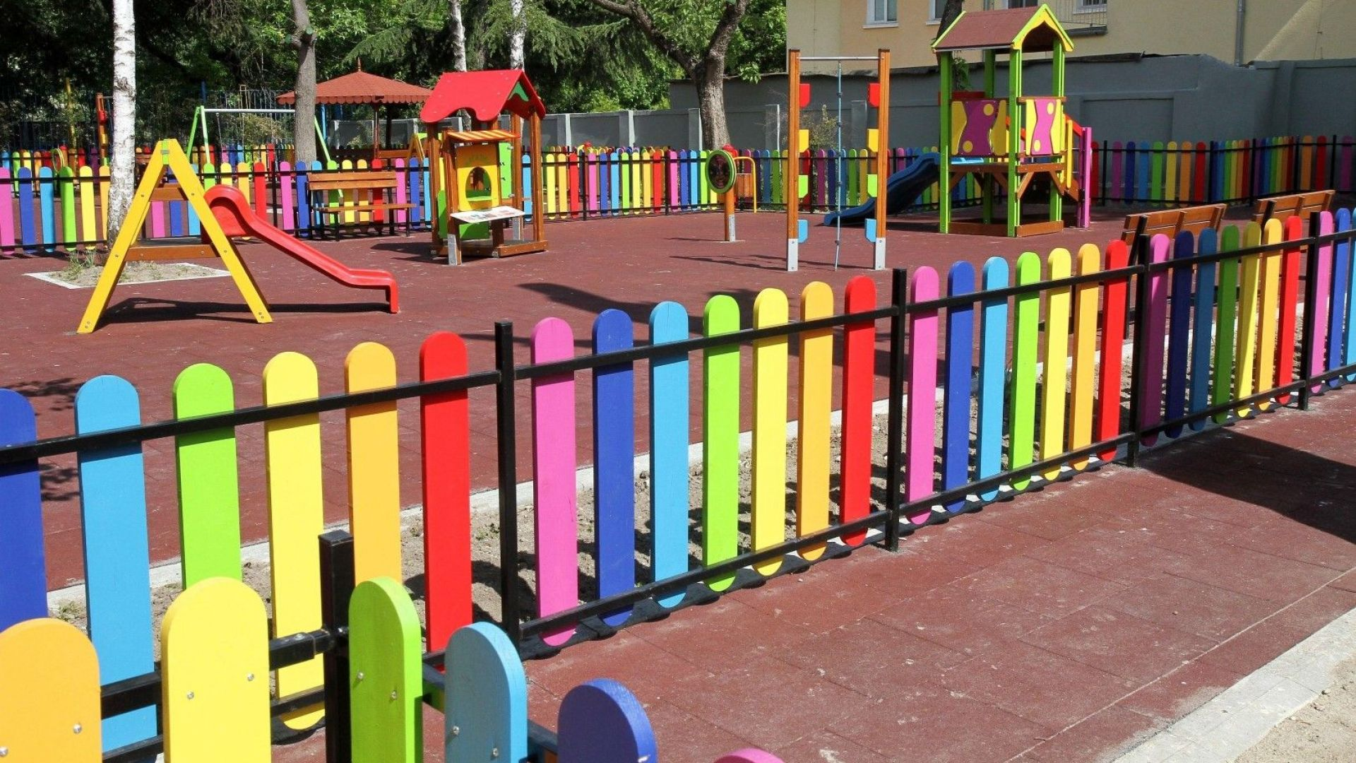 Служебно ще извиняват отсъствията на деца в яслите и градините в София