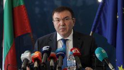 България остава с меки мерки, заразените намалели с 9.8% и причини за затягане няма