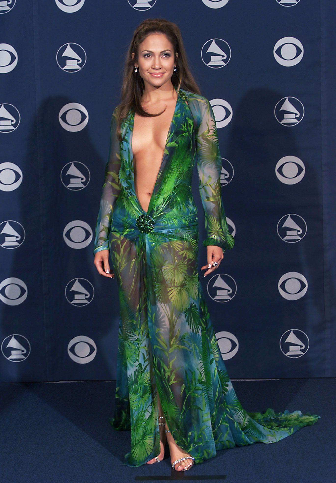 """Дженифър Лопес на церемонията по връчването на наградите """"Грами"""" през 2000 г."""