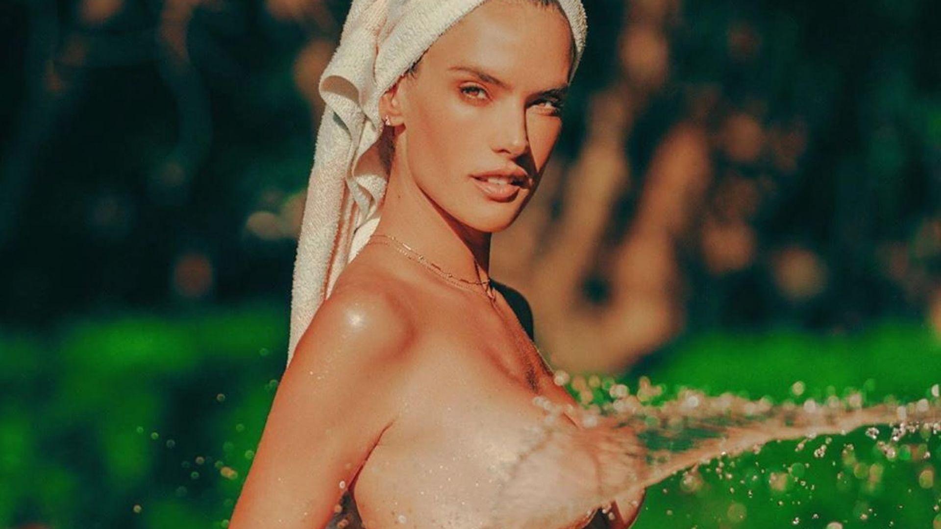 Алесандра Амброзио се разхлажда топлес през горещите летни дни