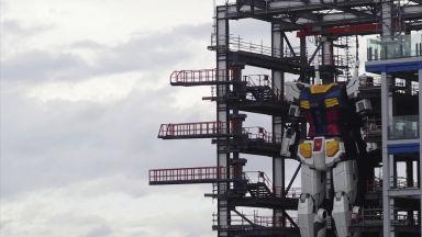 В Япония тестват 18-метров робот (видео)