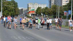 Протестиращи блокираха Аспаруховия мост във Варна