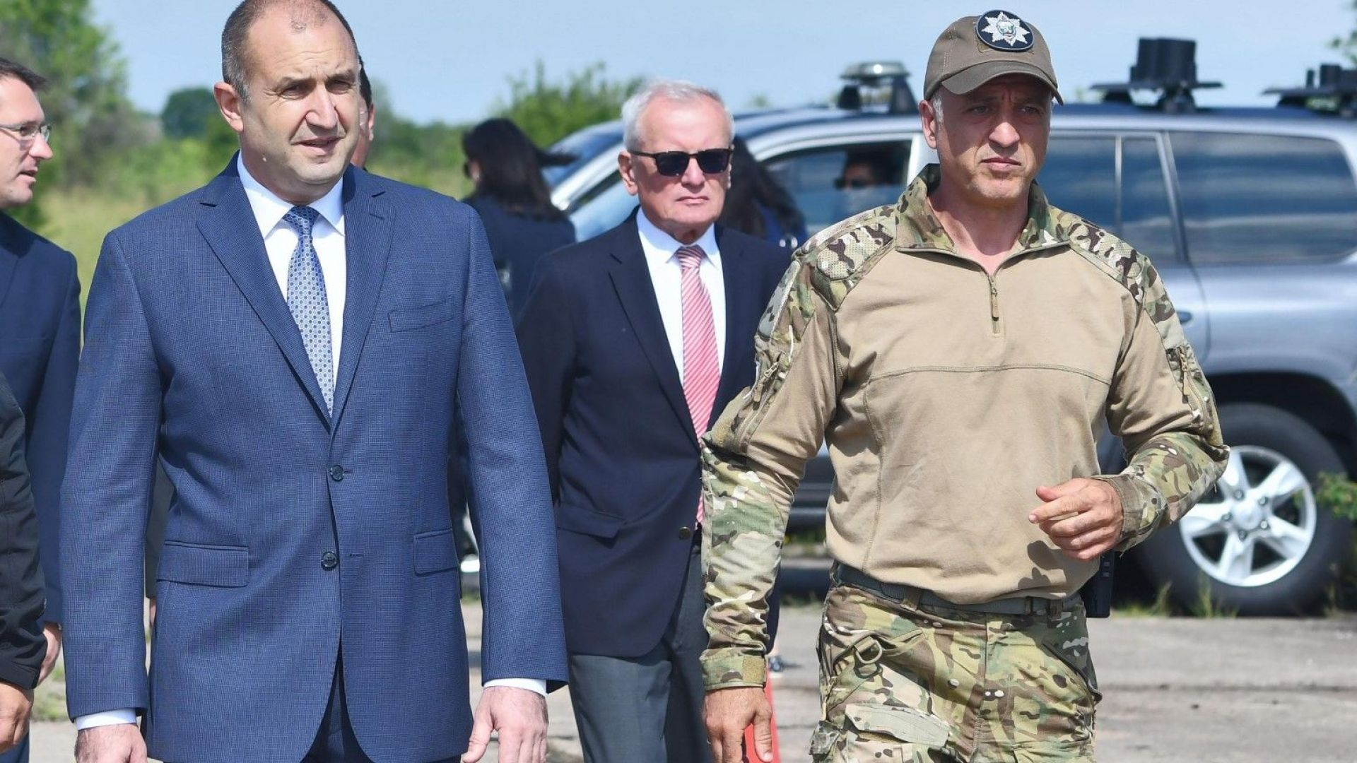 Президентът назначи полковник Емил Тонев за началник на НСО