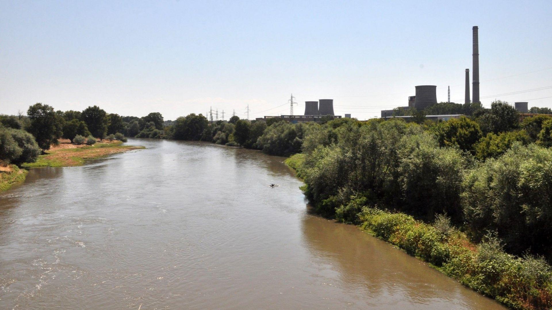 Пуснаха водата и в последните 3 общини от басейна на Марица в Хасковско