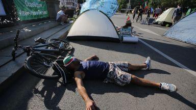 Вижте как се движи градският транспорт в София заради блокадата