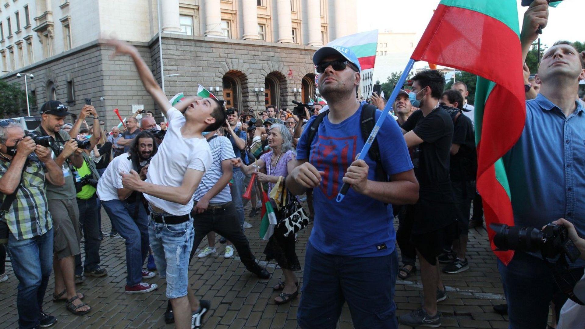 22-ри ден на протеста: Блокади и нов митинг в центъра на София