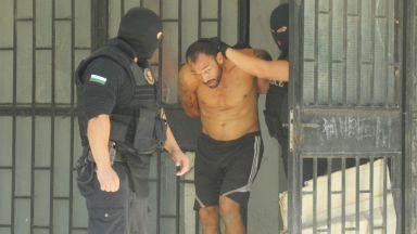 Арести при акция срещу битовата пристъпност в Бургас (снимки)
