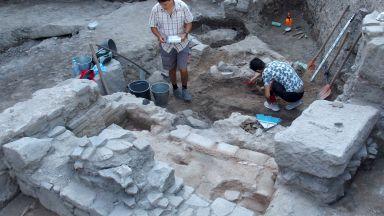 Откриха богата римска вила от 5 век в центъра на Пловдив (снимки)