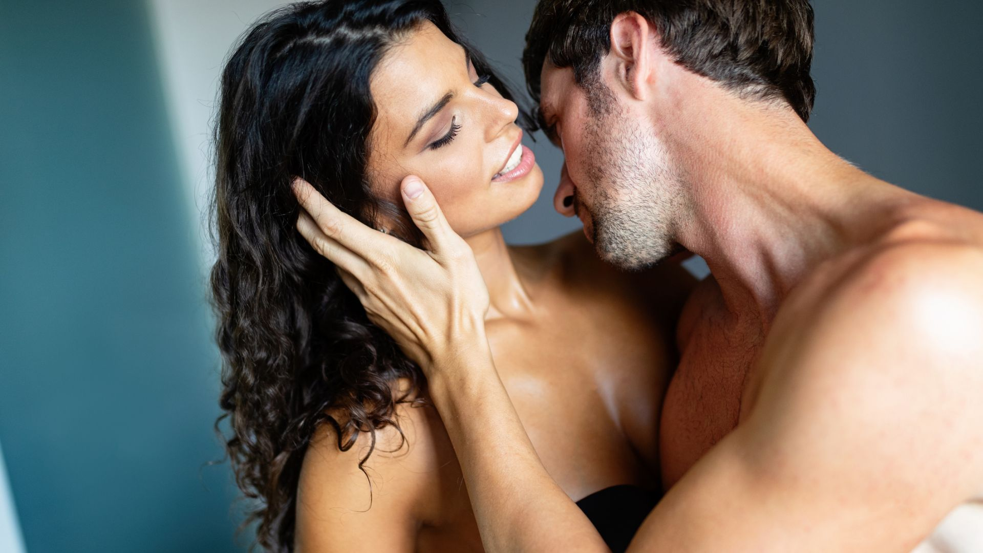 Защо гледането на порно е полезно за жените