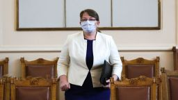 Пациентски организации искат оставката на Деница Сачева