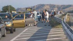 Гърция удължава ограниченията за българи до 15 август