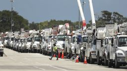 Флорида се подготвя за урагана Исаяс (снимки)