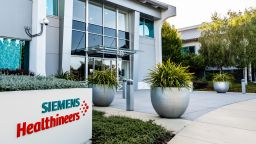 Филиал на Сименс иска да купи американска компания за борба с рака срещу $16,4 млрд.