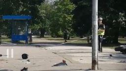 Моторист е с отрязана ръка след катастрофа с автобус в София