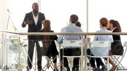 Компании с шефове афроамериканци са по-засегнати от кризата в САЩ