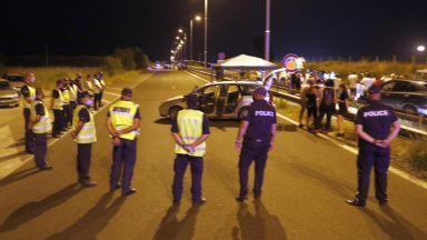 Ден 27: Хаджигенов и група протестиращи блокираха и пътя към Турция (снимки)