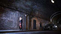 Берлин отваря постепенно секс индустрията - започва първо с BDSM