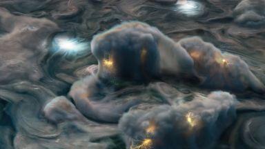 Как изглеждат бурите на Юпитер (видео)
