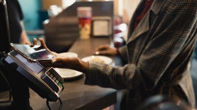 COVID-19 стимулира ръста на дигиталните разплащания в България