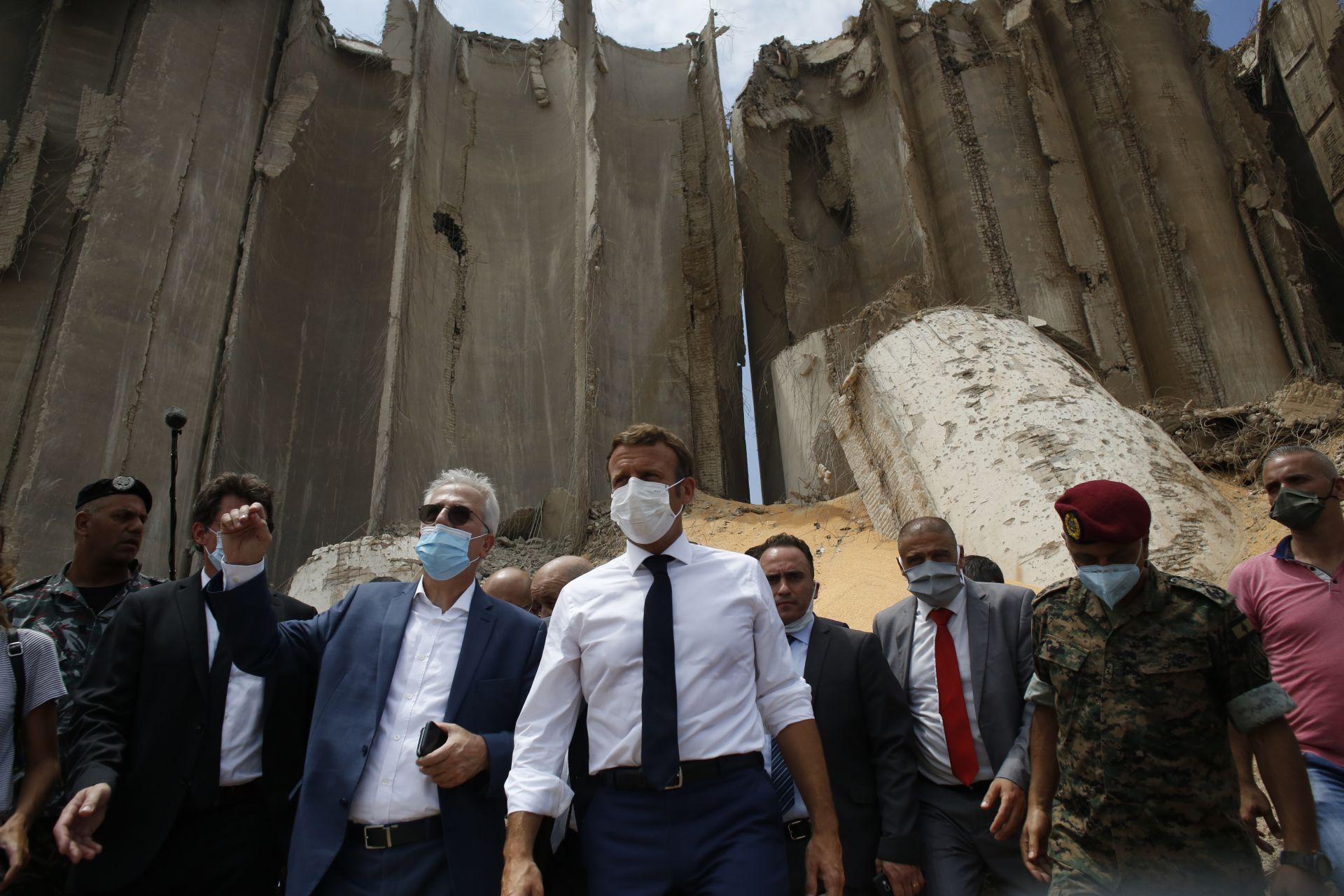 Макрон е първият световен лидер, посетил Бейрут след взрива