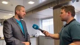 Всичко за сблъсъците на конференцията от пиара на ГЕРБ Никола Николов (видео)