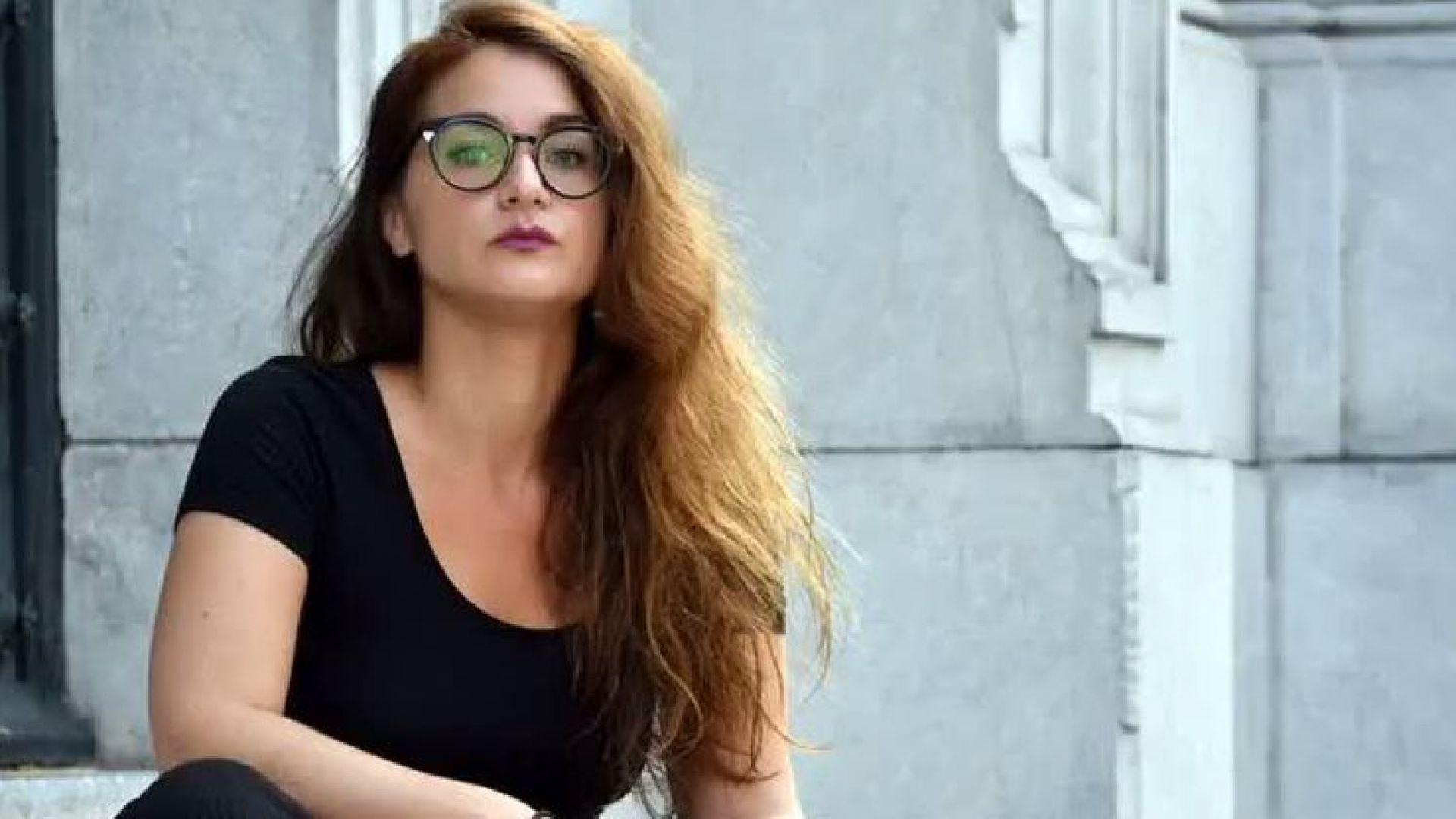 Артистка бе осъдена за сексуален пърформанс във Франция (видео)