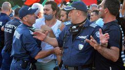 30-ти ден на протести, президентът излезе, Орлов мост отново блокиран (снимки)