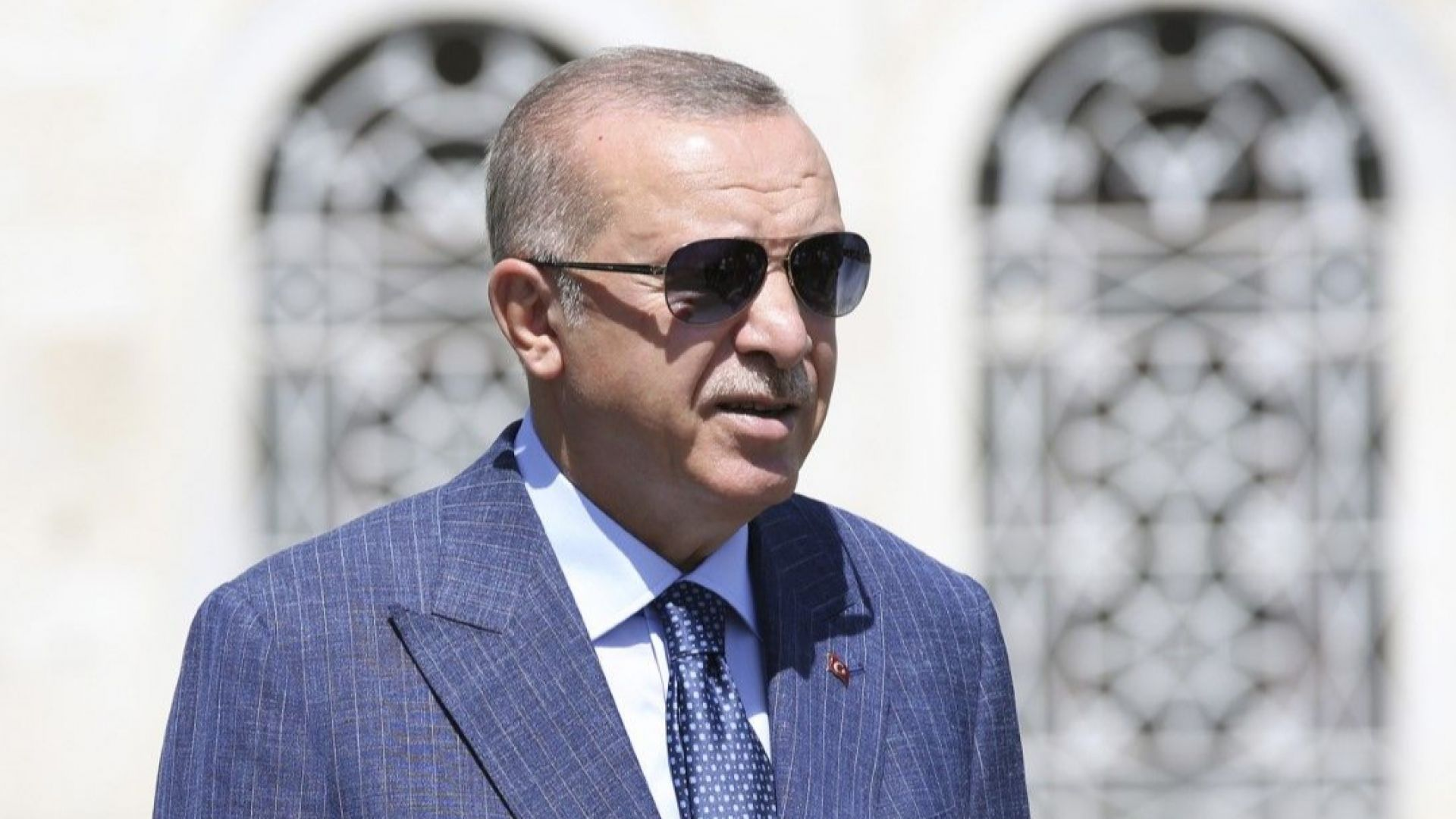 Турция е в подем, заяви Ердоган въпреки срива на лирата
