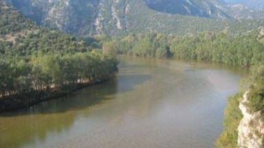 Има опасност от наводнения през нощта във водосборите на Места и Струма