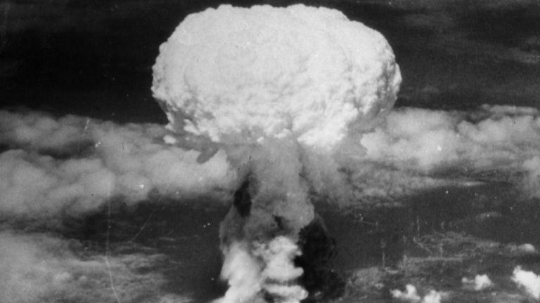 """Преди 75 г. """"Fat Man"""" разруши Нагасаки (снимки)"""