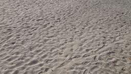 Софиянец направи вечерна разходка с джип по бургаския плаж