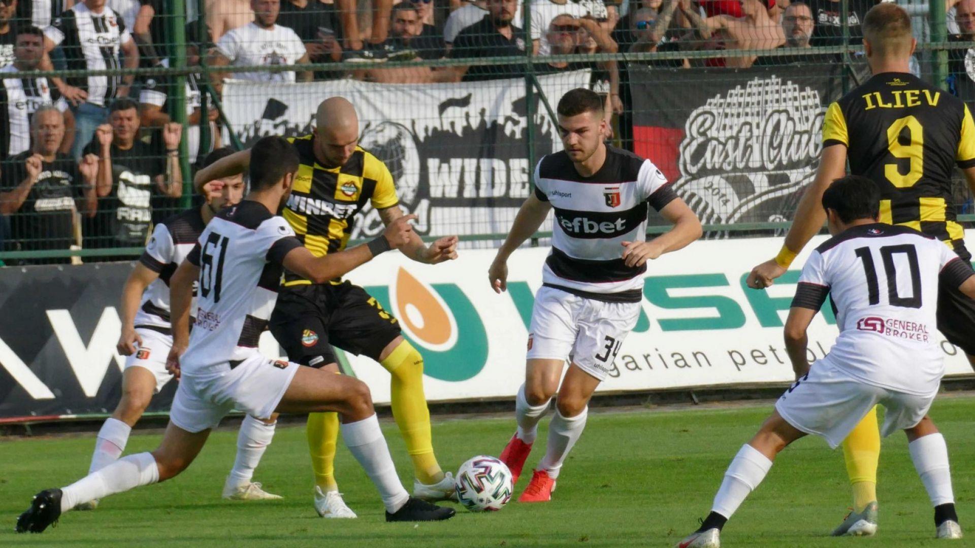 Закъсалият Ботев се вдигна за голяма победа в дербито на Пловдив