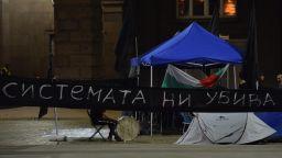 Три блокади в София, една във Варна и сблъсък на про и анти подписки