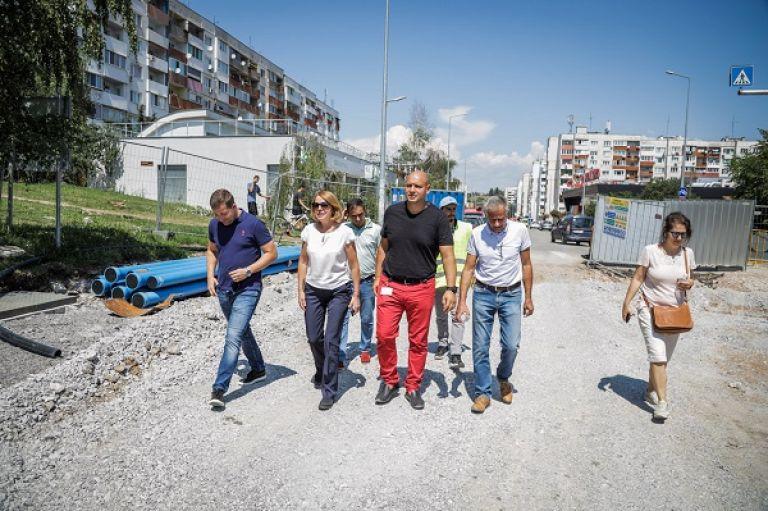 Кметът Йорданка Фандъкова провери строителството