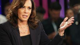 Оплювана и хвалена: първата цветнокожа жена кандидат за вицепрезидент на САЩ