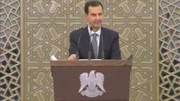 Башар Асад прекъсна речта си в парламента след падане на кръвното му