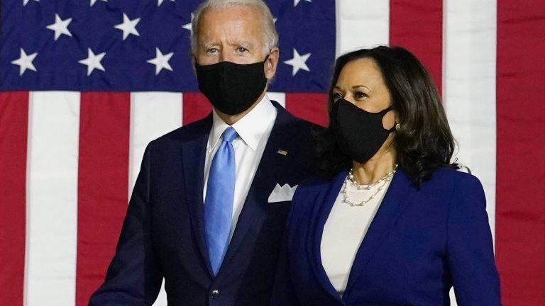 Новоизбраният президент на САЩ Джо Байдън и партньорката му в