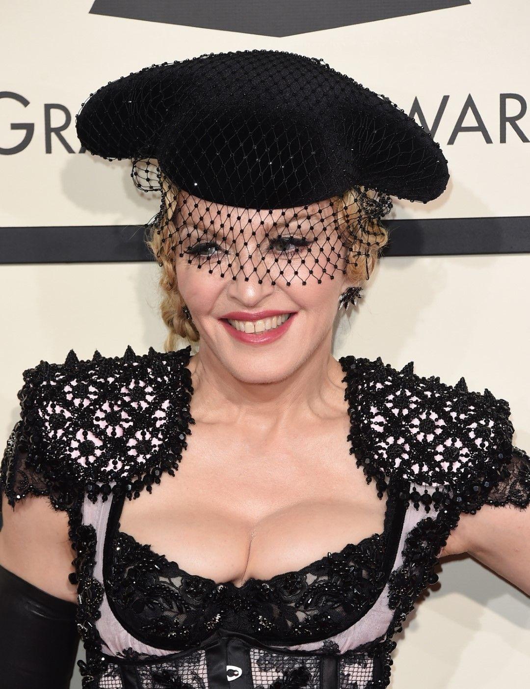"""Мадона на 57-ите награди """"Грами"""" в Лос Анджелис, Калифорния, 2015 г."""
