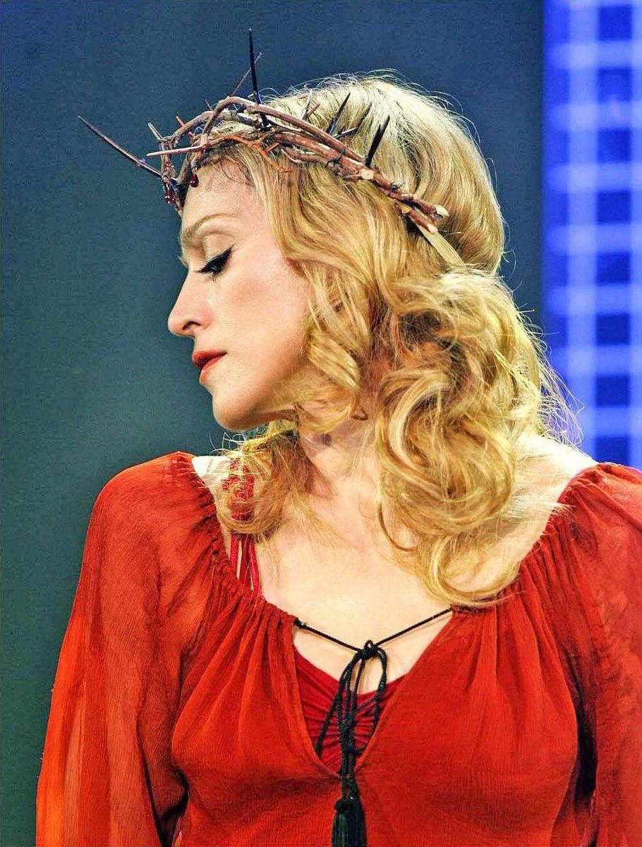 Мадона с бодливия венец по време на Confessions Tour