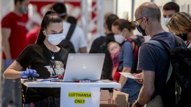 Луфтханза се договори със стюардите и стюардесите, но все още не с пилотите